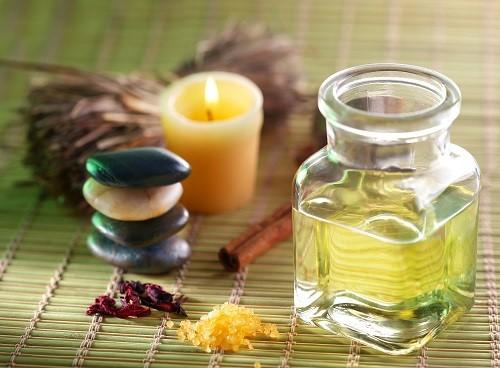 Полезные свойства касторового масла для здоровья и красоты