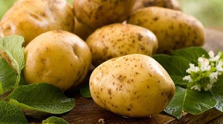 Что лечит и как принимать картофельный сок