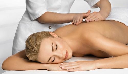 Klassicheskij massazh spiny