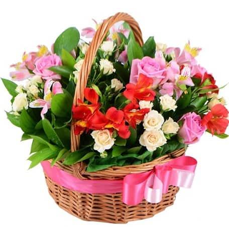 korzina s cvetami